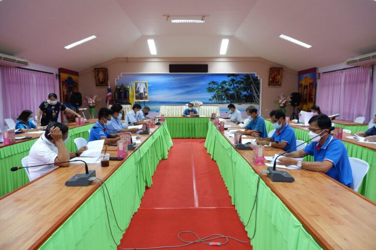 ประชุมคณะกรรมการพัฒนาเทศบาลตำบลเขาวัว-พลอยแหวน ครั้งที่ 3/2564